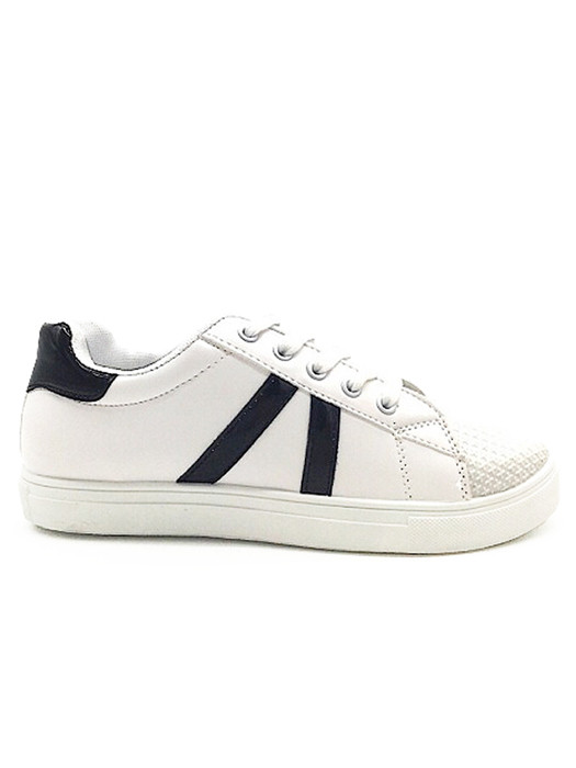 Sneakers Black Stripes