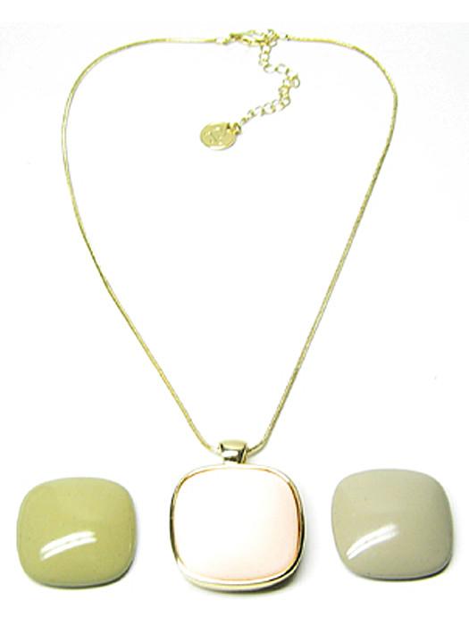 Halsketting goud 3 stenen